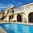 Reduced price, large, detached villa for sale in Valle San Lorenzo – 450,000€