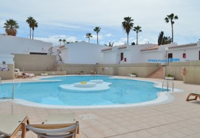 2 bed 2 bath Penthouse Apartment for sale in Island Village 275,000€