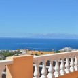 2 bed Apartment for sale with Sea Views in Paradise Court 185,000€