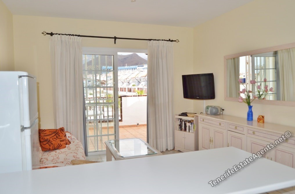 Penthouse apartment for sale in el mirador los cristianos for Penthouse apartment for sale