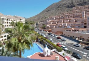 2 Bed 2 Bath Apartment with Pool Views For Sale, Castle Harbour, Los Cristianos, 230,000€